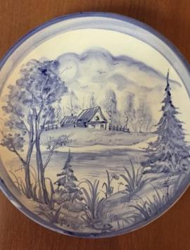 Керамическая посуда с ручной росписью