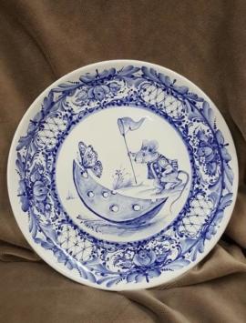 Декоративный тарелка из фарфора