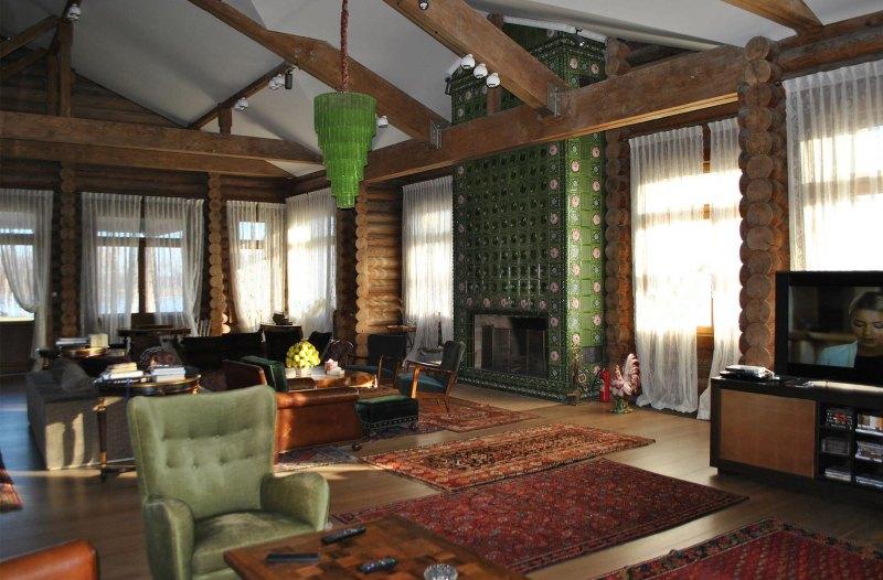 фото гостиной с камином в доме