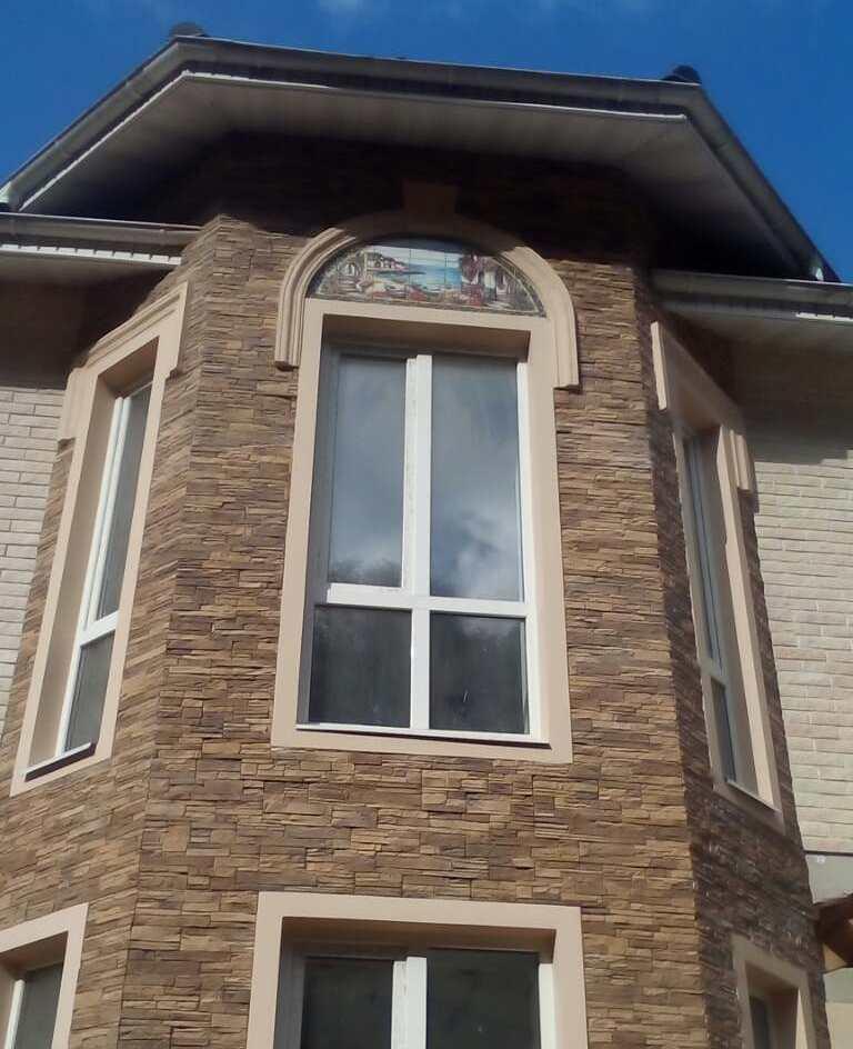 фасад керамика панно
