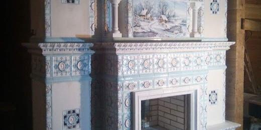 Камин  изразцовый с росписью и панно «Зима»